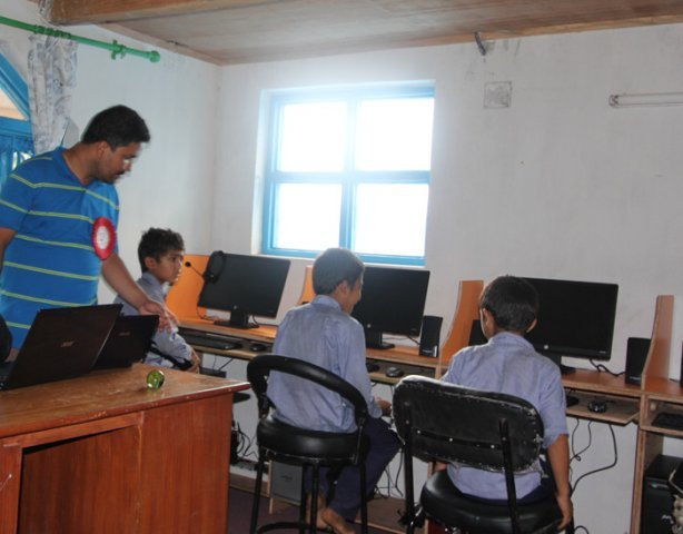 Students at newly Built Lab