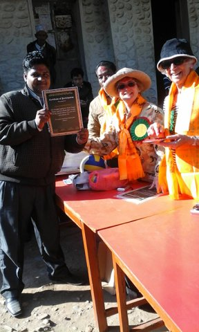Certificate Distribution to Volunteer