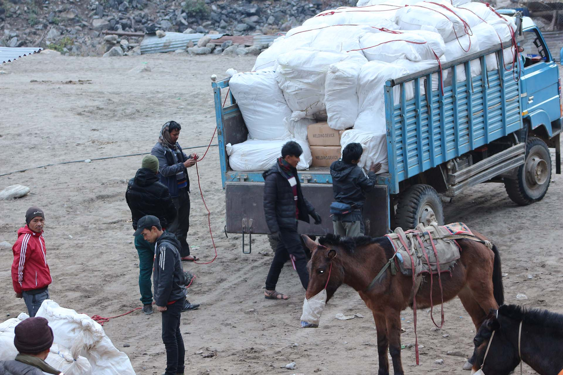 Tracksuit and Bag Distribution Tsum Nubri